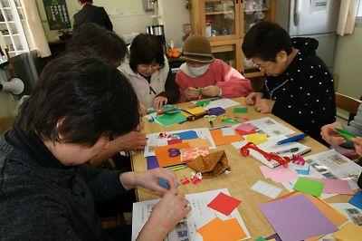 復興風船づくり(JR南小泉仮設住宅)